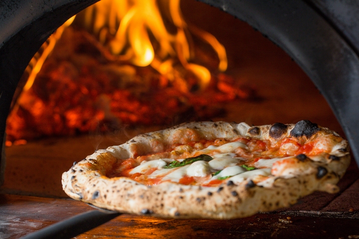 4 Key Features of an Outdoor Pizza Oven | Newsfeed Star